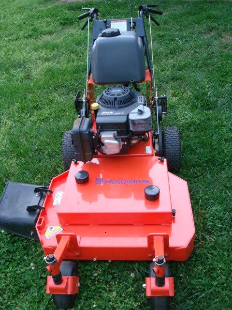 Husqvarna 32 inch walk behind mower